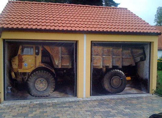 Garage Door Mural 532 x 387