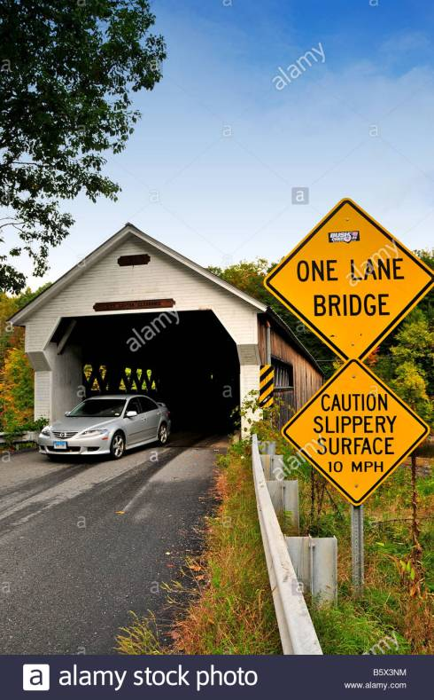 dummerston-covered-bridge-vermont-usa-b5x3nm-1